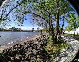 037_EastRiver1_pvw