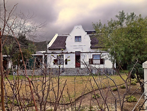 Traditional architecture: farmhouse in Montagu.