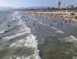 Santa Monica Beach... with humans
