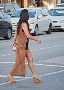 Girl_legs_2_pvw